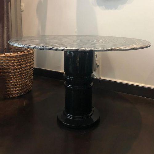 mesa-detalhe-marmore
