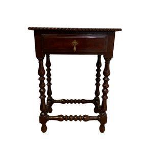 mesa-um